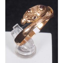 Zelta gredzens ar rubīniem