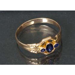 Sieviešu zelta gredzens ar safīriem