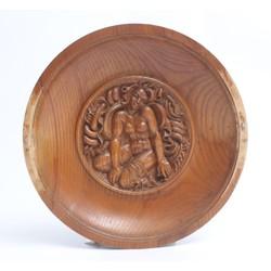 Dekoratīvs koka sienas šķīvis