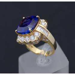 Zelta gredzens ar briljantiem un tanzanītu