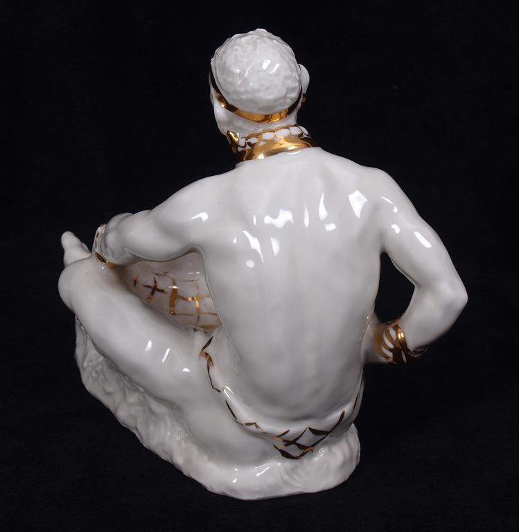 """Porcelāna figūra """"Āfrikānis"""""""