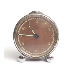 Pulkstenis-modinātājs