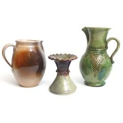 Keramikas krūkas (2 gab) +1 vāzīte