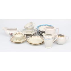 Porcelāna trauki (25 gab)