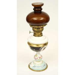 Lampa Ampīra stilā ar brūnu kupolu