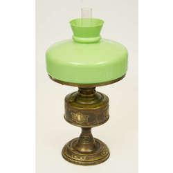 Jūgendstila lampa ar zaļu kupolu