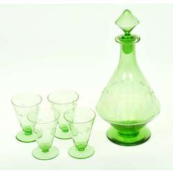 Stikla karafe ar 4 glāzītēm