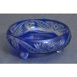 Zilā stikla servējamais trauks