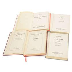 4 grāmatas - Gora; Dievišķās rotaļas, Dēli; Laba zeme.
