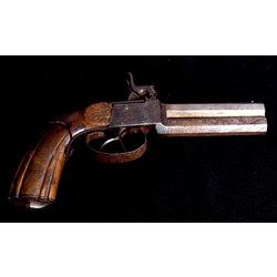 Divstobru pistole ar krama aizslēgu