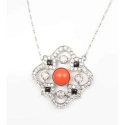 Позолота с бриллиантами и кораллами