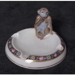 """Porcelāna pelnu trauks """"Mērkaķis"""""""