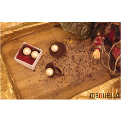 Dekoratīvs šokolādes rotaslietu komplekts