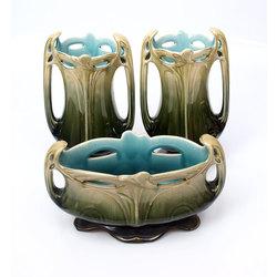 Jūgendstila keramikas vāžu komplekts