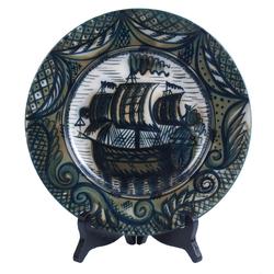 """Dekoratīvais porcelāna šķīvis """"Burinieks"""""""