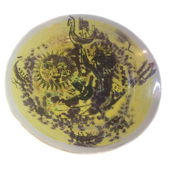 Dekoratīvs šķīvis